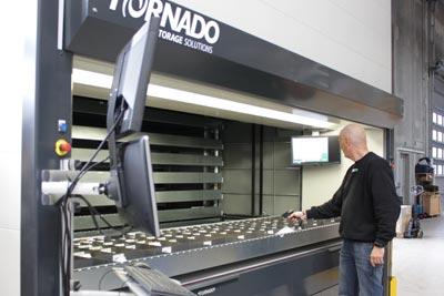 Tornado, VMS
